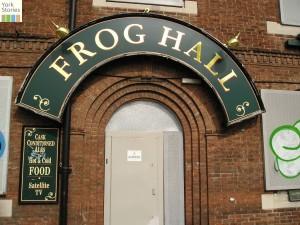 Frog Hall pub, 15 Aug 2004
